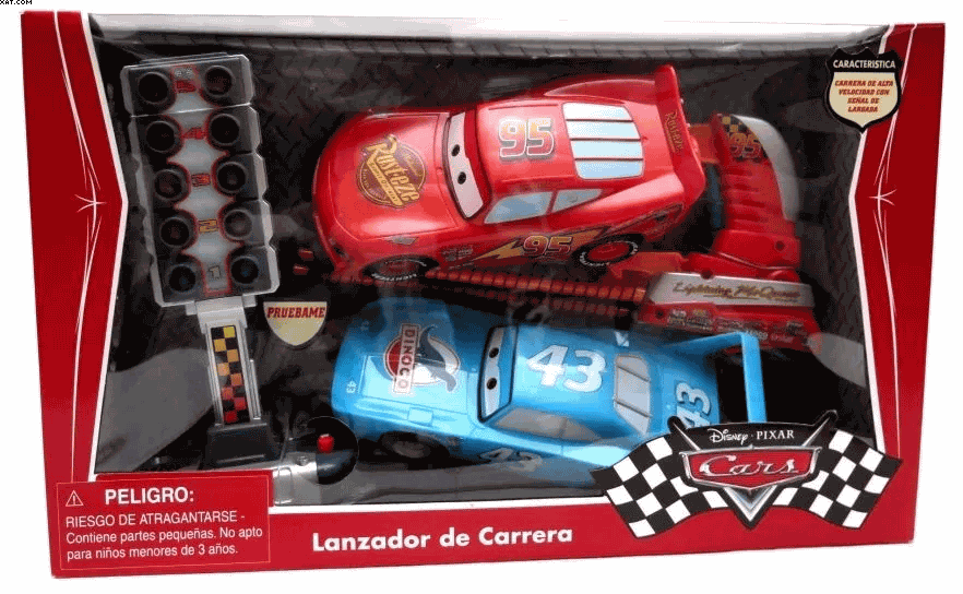 Cars Lanzador de Carrera Con Mc Queen y El Rey